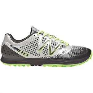 Zapatilla de running New Balance MT 110v2