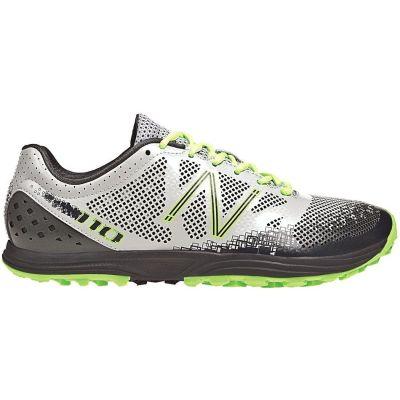 Zapatilla de running New Balance MT 110v2