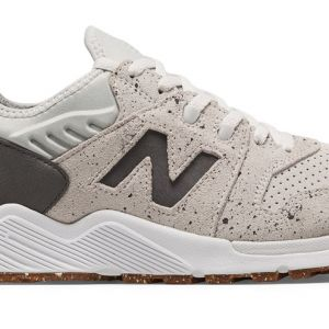 New Balance 009 Descuento