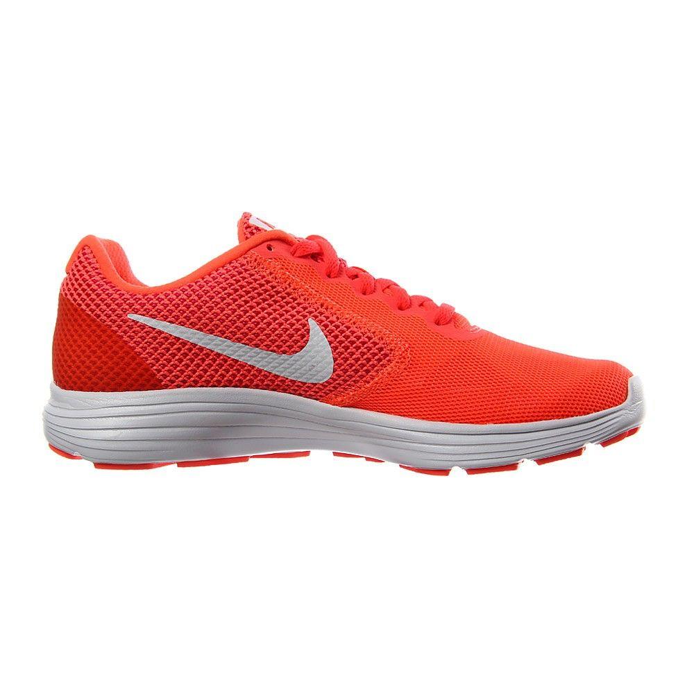 Nike Revolution 3: Características Zapatillas Running | Runnea