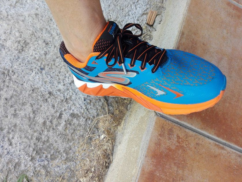 Review Skechers GoRun Forza 4