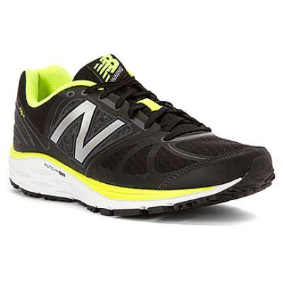 Zapatilla de running New Balance 770 V5