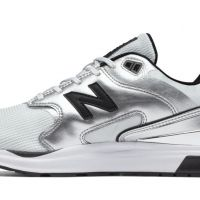 New Balance 1550 plata