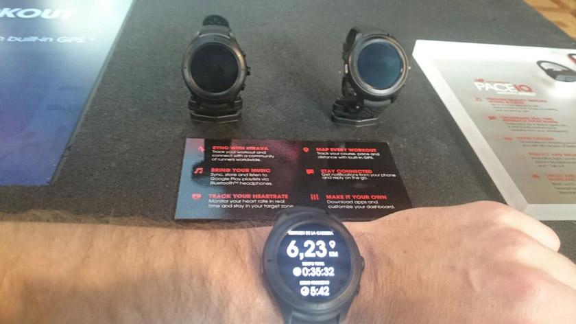 Smartwatch RunIQ de New Balance - foto 1
