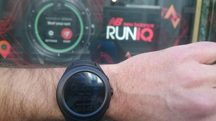 Smartwatch RunIQ de New Balance - foto 3