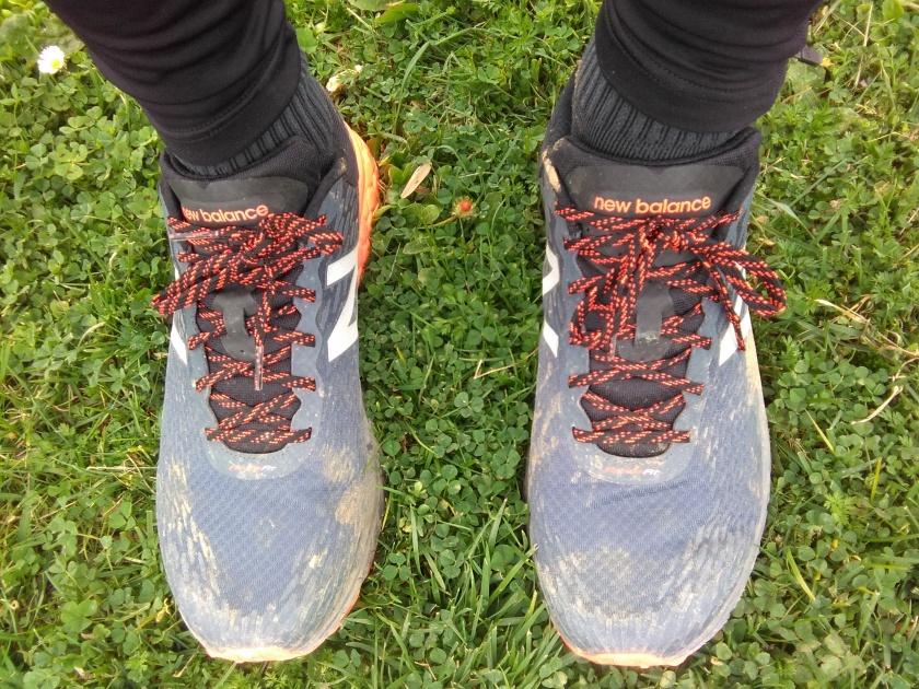 zapatilla de trail new balance hierro v2
