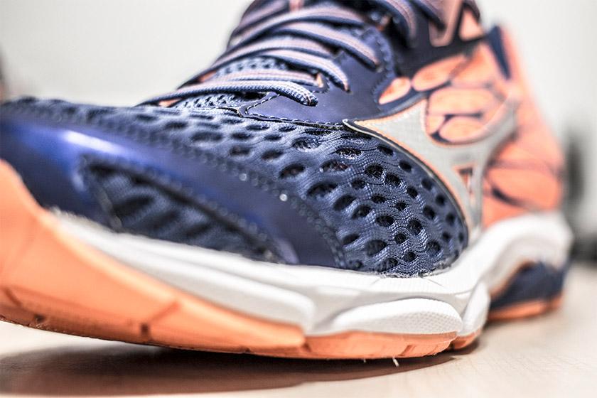 Las 12 mejores zapatillas de running de pronación 2017 - Mizuno Wave Catalyst 2