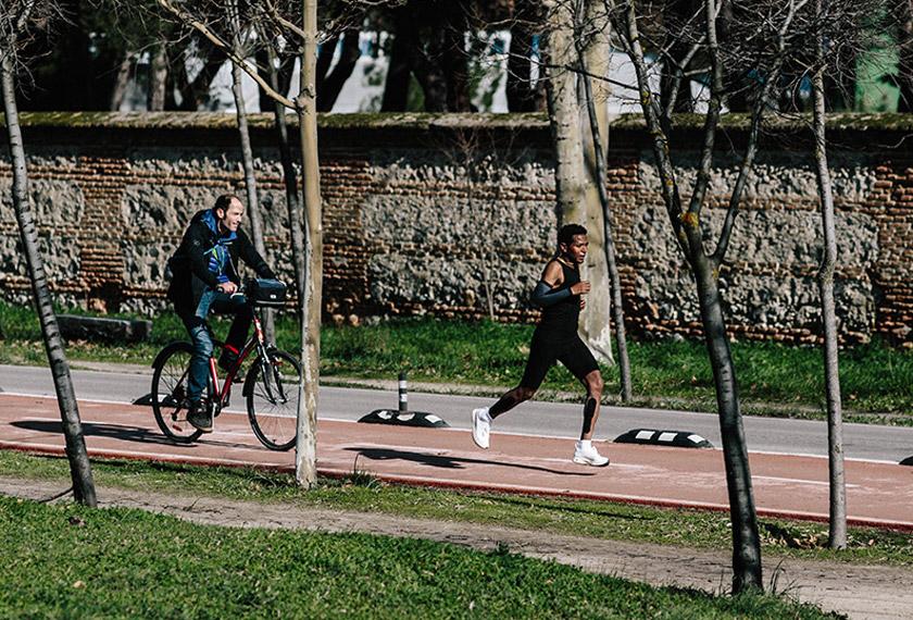 Proyecto Breaking2: Romper el crono para correr un maratón por debajo de las 2 horas - foto 2