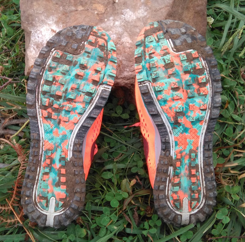 Review Nike Air Zoom Terra Kiger 4 - foto 7