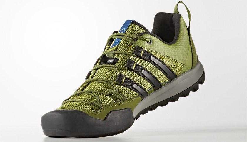 Outlet adidas para verano: 10 opciones de ropa deportiva y material para tus entrenos - adidas Terrex Solo