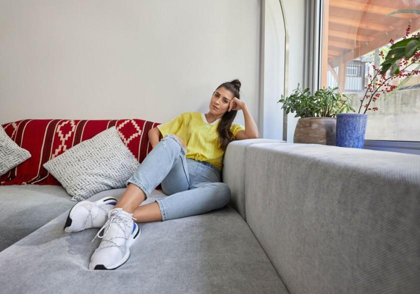 Florencia Galarza con las Adidas Arkyn
