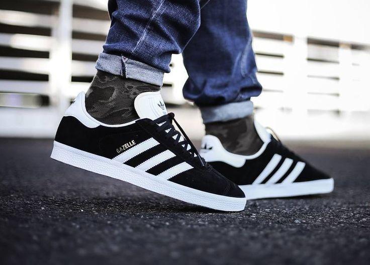 https://www.sneakitup.com/archivos/201805/adidas-gazelle-para-hombres-negras-840xXx90.jpg