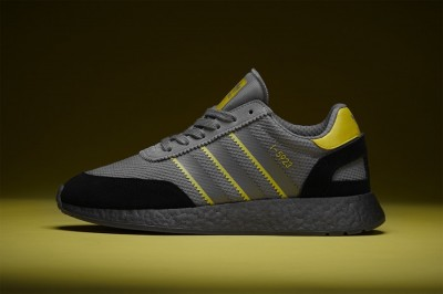 adidas i-5923 size? exclusive manchester showers