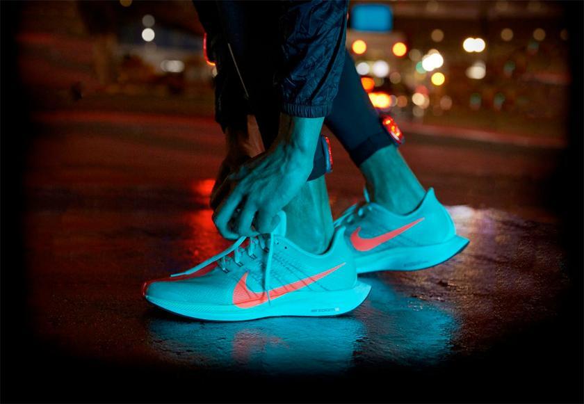 Nike Pegasus Turbo, detalles de diseño más llamativos - foto 3