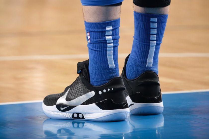 Luka Doncic con las Nike Adapt BB