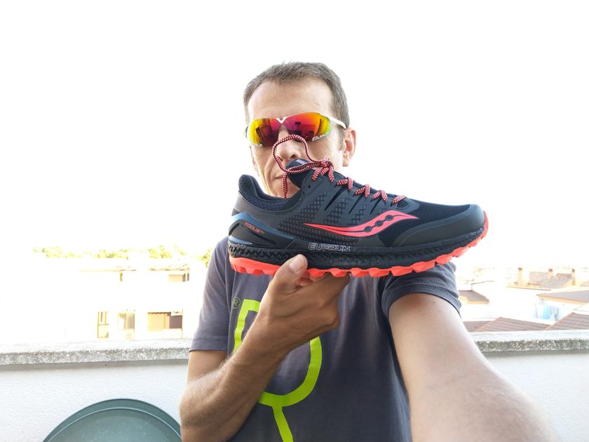 Review de las zapatillas de trail running Saucony Xodus ISO 3, calificación del probador de Runnea - foto 10