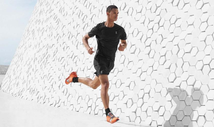 Las On Cloudstratus cuentan con tecnología innovadora para el corredor