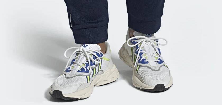 Adidas Ozweego, blancas