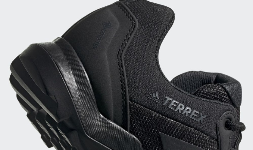 Adidas Terrex AX3 GTX mediasuela