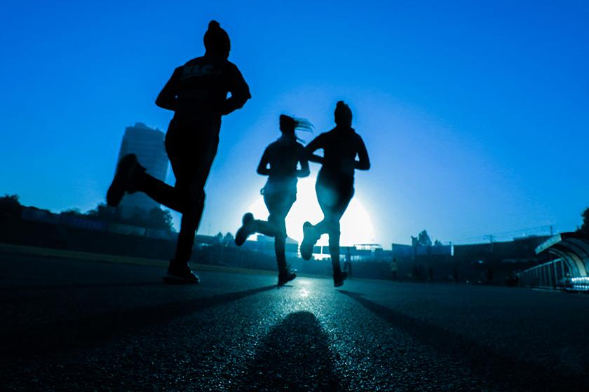 Dieta de restricción calórica en corredores populares - foto 1