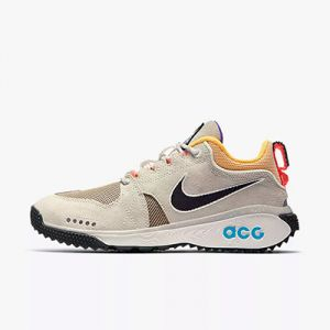 Zapatilla de trekking Nike ACG Dog Mountain