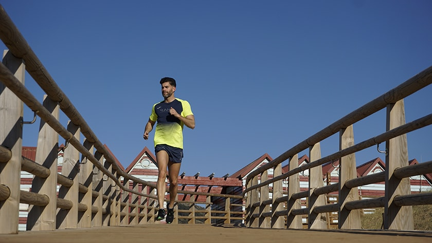 ¿De cuántos kilómetros tiene que ser la tirada larga de una media maratón y de una maratón? - Parámetros generales en volumen de kilómetros semanales - foto 2