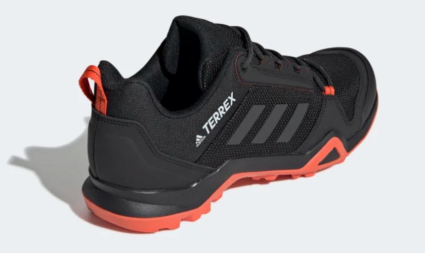 Adidas Terrex AX3 mediasuela