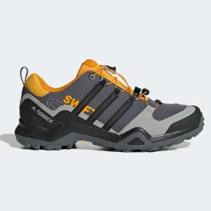 Zapatilla de trekking Adidas Terrex Swift R2