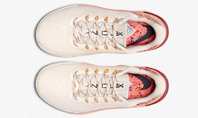 Nike Metcon 5 AMP upper