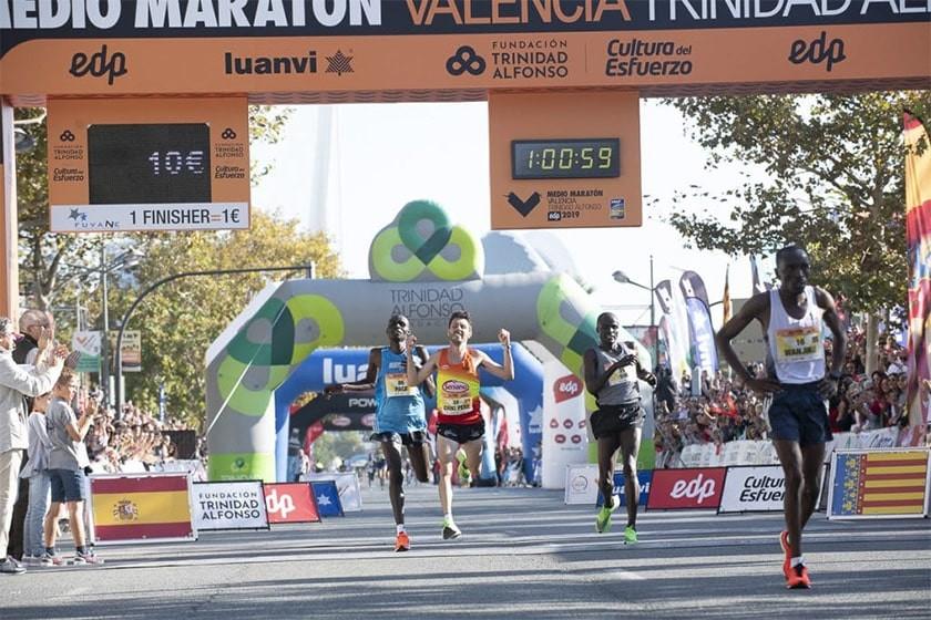 Así se vivió el Medio Maratón Valencia 2019 - foto 2