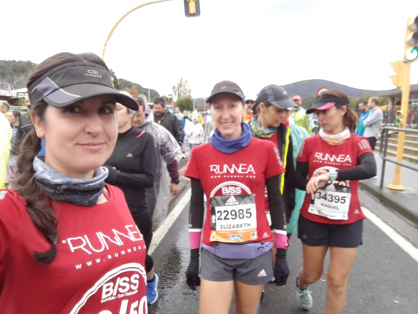 runnea women team behobia san sebastian