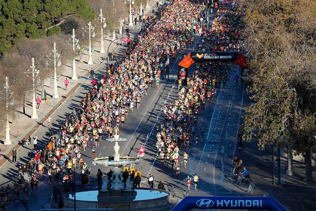 10K Valencia Ibercaja 2020, récord de corredores en línea de meta y 3.600 runners femeninas en acción - foto 3