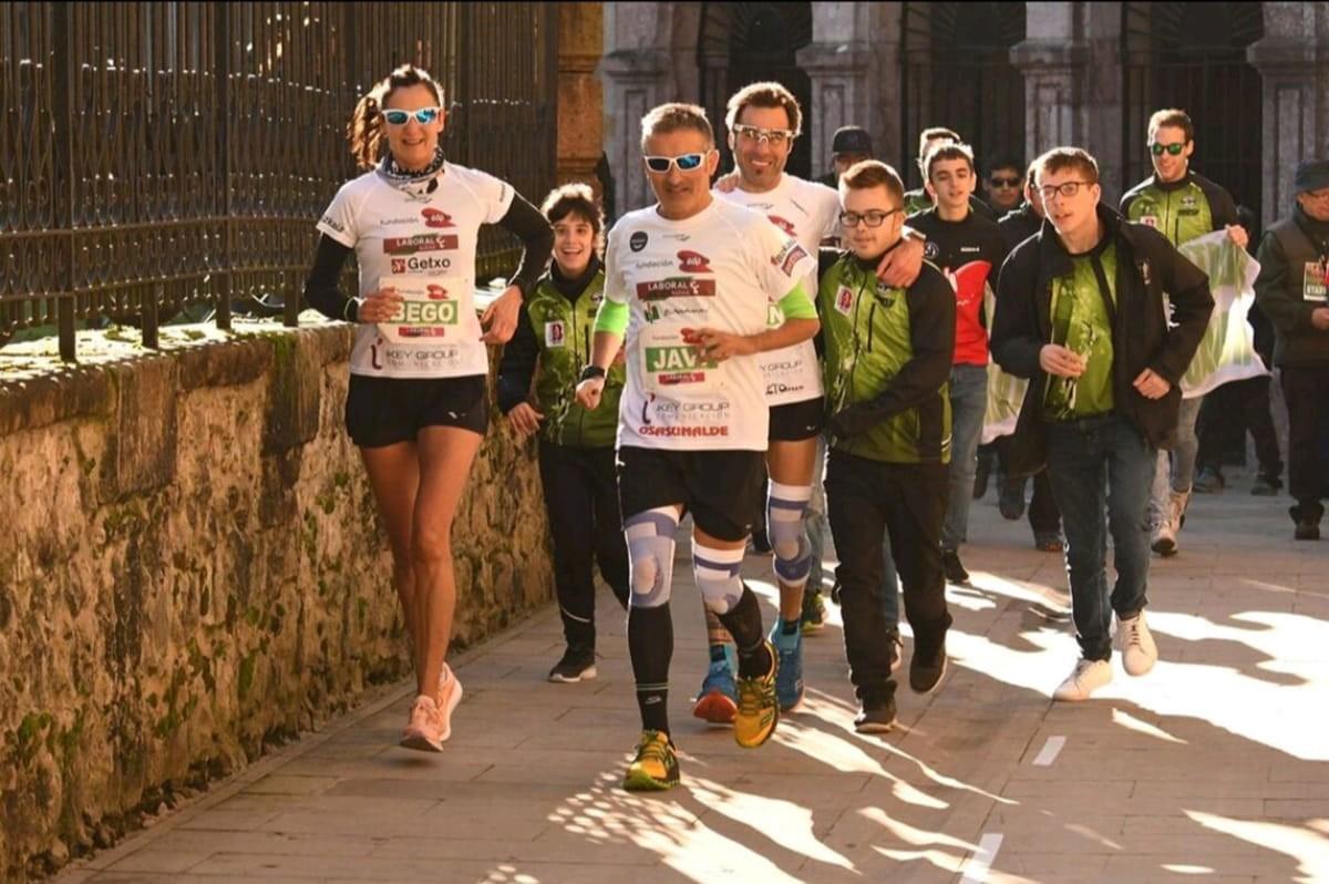Maratones Solidarios, nueva aventura junto al árbol de Gernika - foto 1
