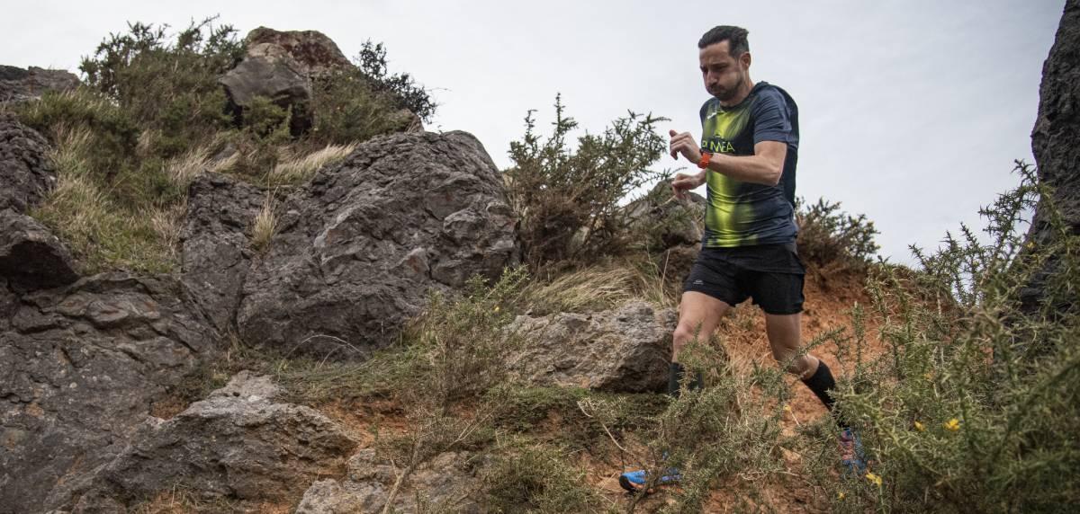 Raúl Lozano prepara su primera maratón de montaña con Runnea Academy, individualización