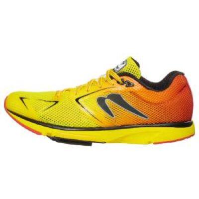 chaussures de running Newton Distance 9