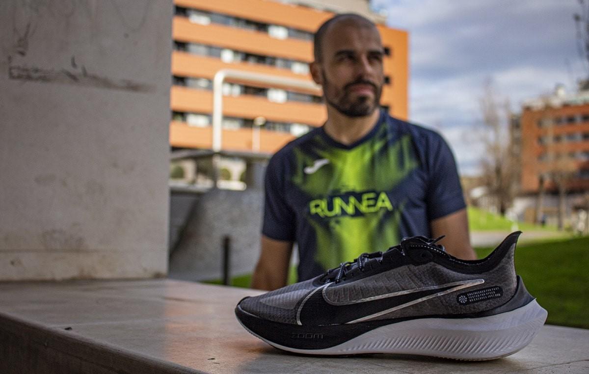 Mediasuela y suela de la Nike Zoom Gravity - foto 3