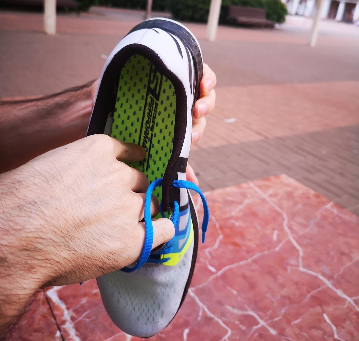 Skechers Gorun Razor 3 Hyper, la mediasuela es suela de la zapatilla - foto 4