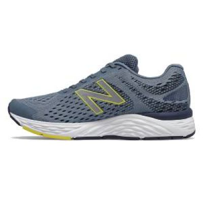 Zapatilla de running New Balance 680v6