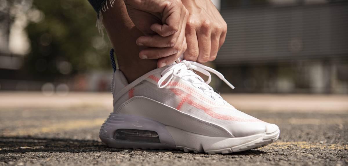 Nike Air Max 2090, apuesta por el estilo más vanguardista. Valor seguro.