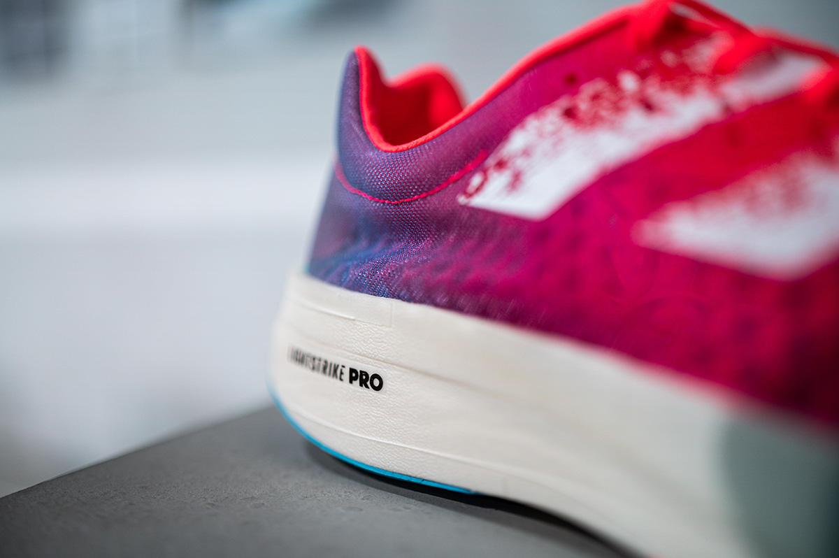 Adidas Adizero Adios Pro, entrevista con Sam Handy, varillas de carbono Energypods - foto 2