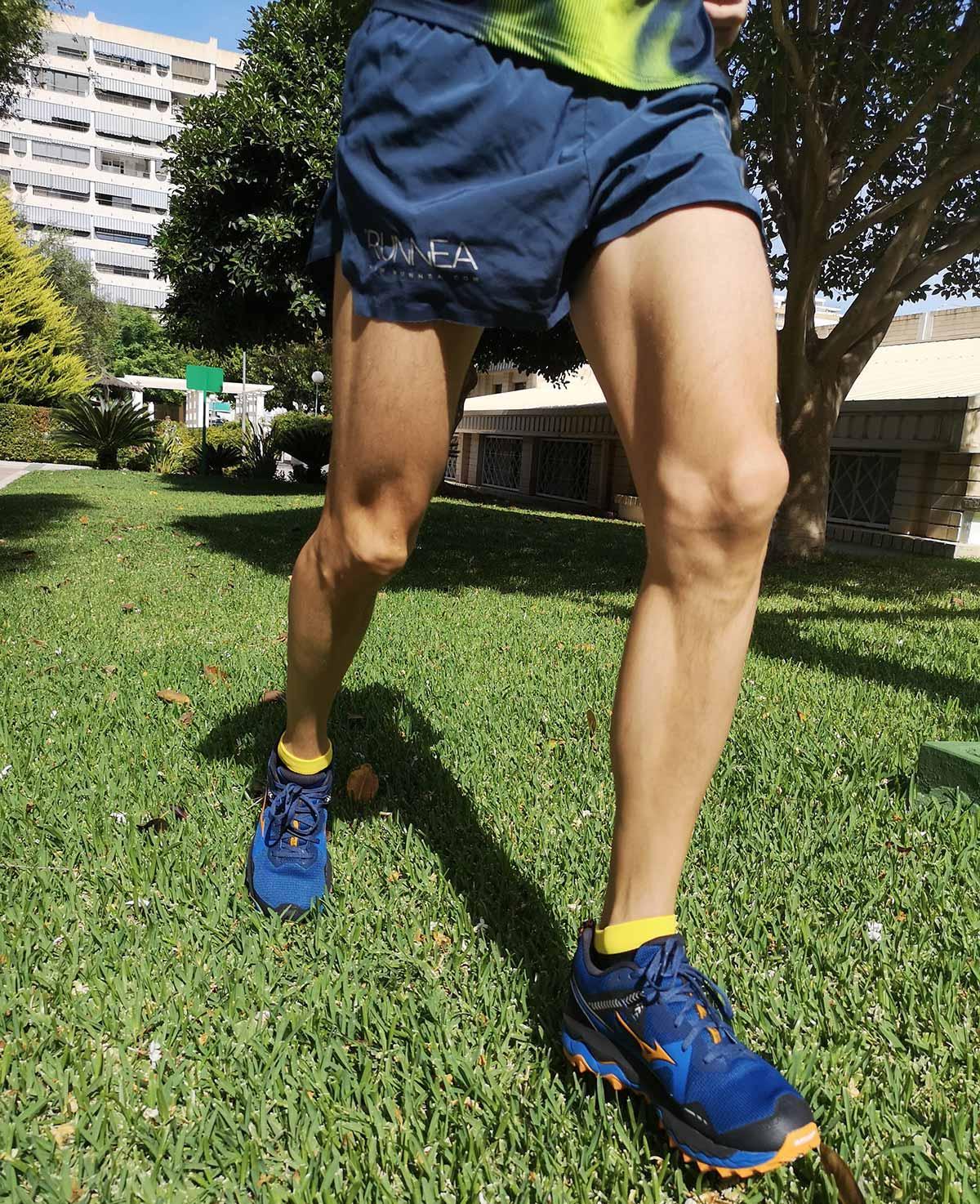 Sobresaliente amortiguación en las zapatillas trail running Mizuno Wave Mujin 7