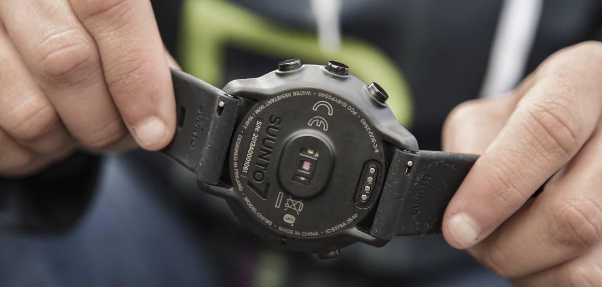 Review Suunto 7 smartwatch: sensor frecuencia cardíaca
