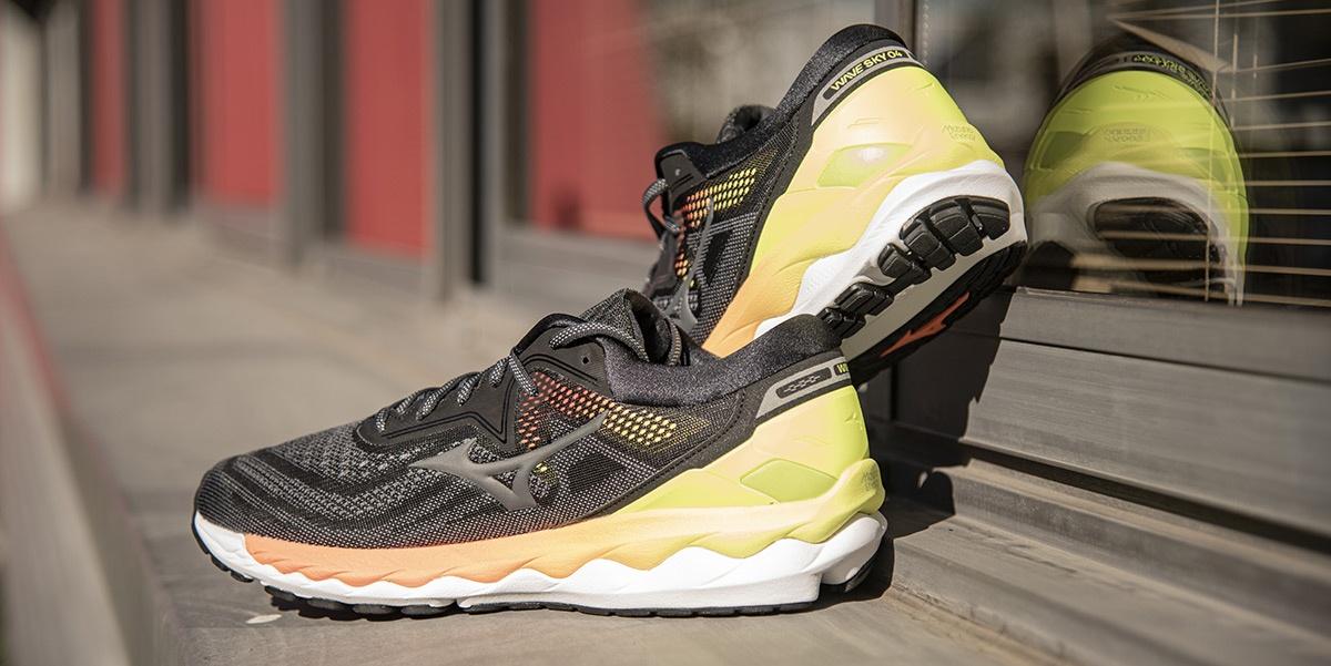 Review zapatillas running: ¿Cuáles son los rivales directos de las Mizuno Wave Sky 4? - foto 3