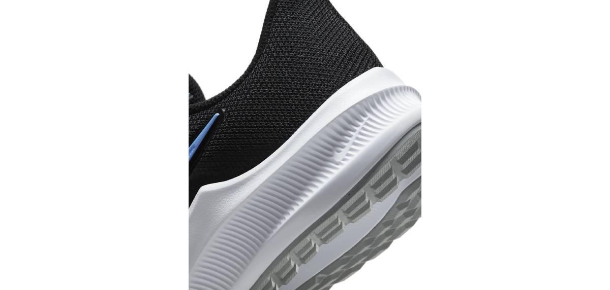 Nike Downshifter 11, suela