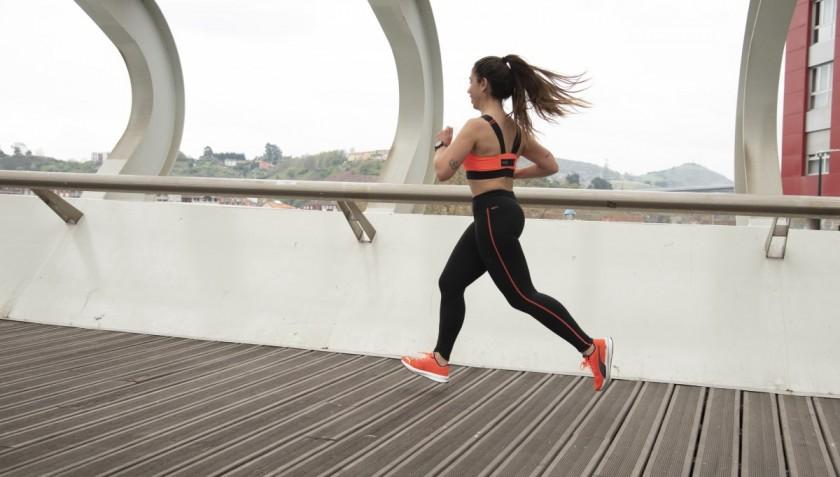 4 trucos para correr si eres mujer, hormas específicas
